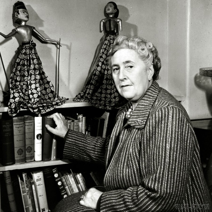 agatha-christie-writer.jpg
